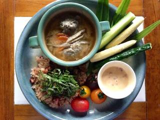 地方に息づく文化を集積し発信するカフェを鎌倉に作りたい!