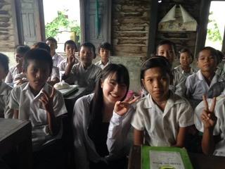 無料グルメアプリを通して途上国の子どもたちに給食を届けたい!