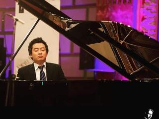 音楽で人を幸せにしたい。ピアニスト鈴木隆太郎東京初リサイタル