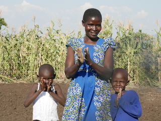 ケニアのHIV陽性者に生きる力を。農業で健康な生活を届けたい