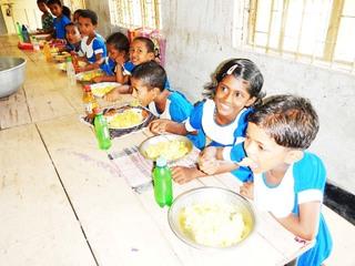 バングラデシュの学校に給食室を建てて子供達に給食を届けたい!