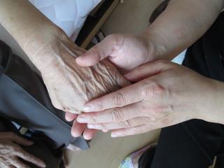 高齢者自殺や孤独死を心身のリラクセーションケアでゼロにしたい