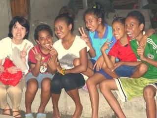 東ティモールの子どもたちに文房具のセットと笑顔を~スマイルギフトキャンペーン~