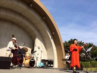 障がいを持つプロシンガーが和歌山で野外ジャズライブを開催!