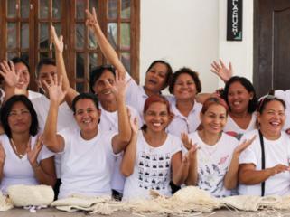 フィリピンの女性たちが安心して働ける自社工房をつくりたい!