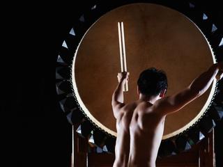 宇土大太鼓を世界に発信するための藤倉大氏による新曲制作