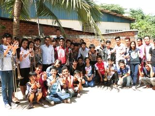 夢は国際大会に出場!カンボジア初のマーチングバンドに楽器を!