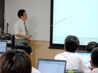非常勤講師に安定・継続した教育機会を提供できる場を作りたい!