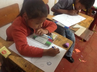 グアテマラ・マヤの子どもたちに母語土曜特別授業と給食を!