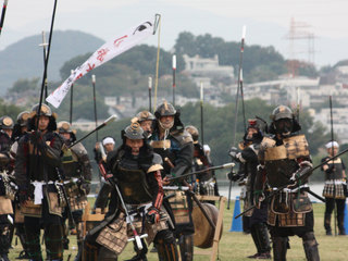 総勢60名の武術家たちによる国際甲冑合戦、大坂の陣を開催したい!