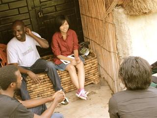 火事で全焼したレストランの再建にご協力を。ルワンダ私の挑戦。