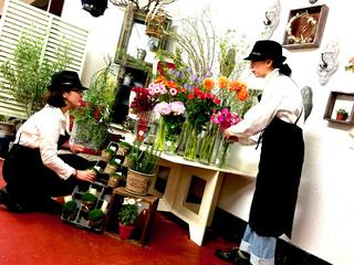 世界初!生中継で接客する花屋を開店し最高の花ギフトを届けたい