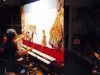 千葉県南房総市で保育所など8カ所を訪問し影絵芝居を上演したい