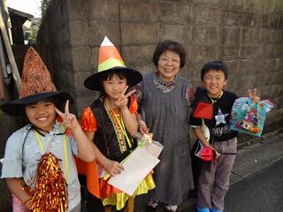 ハロウィンパレードを開催して地域と子ども達の交流を図りたい☆