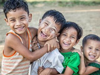インドネシア孤児院支援のため訪問し、子供たちと交流したい!