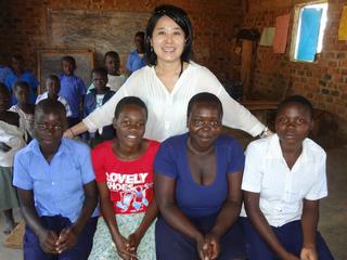 布ナプキンで生理で学校に行けなくなる女の子を救いたい!