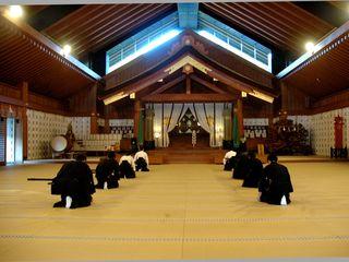 福岡県大牟田の神社で古武道奉納演武を実施!大石進の剣術披露!