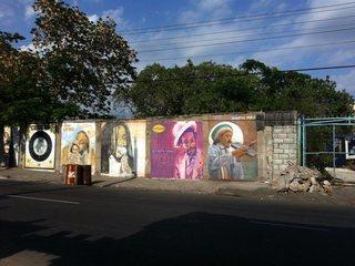 ジャマイカのキングストン、オレンジロードの壁画を描く!