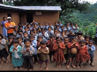 地震災害に遭遇したネパールの子供達へ支援を!