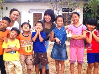 ベトナムの子どもたち発案!Tシャツ&雨合羽製作で地域を元気に!