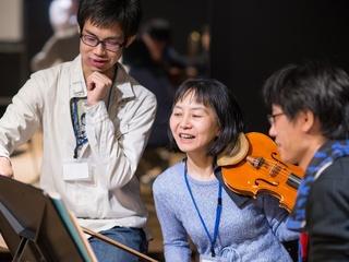 音楽創作と就活を組み合わせたプログラムで沢山の若者を応援!