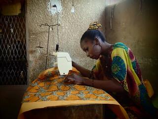 アフリカ生地で作った浴衣・アロハで日本とセネガルを繋ぎたい!