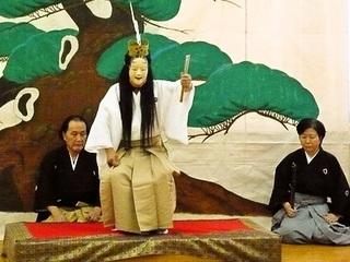 子ども達が企画した、外国人観光客向けの能楽講座を奈良で開催!