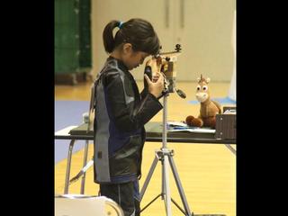 小学生ライフル少女の新たな挑戦を応援してください。