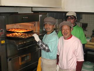 元ホームレスの人たちが「仲間のためのパン屋さん」になる!~池袋あさやけベーカリー~