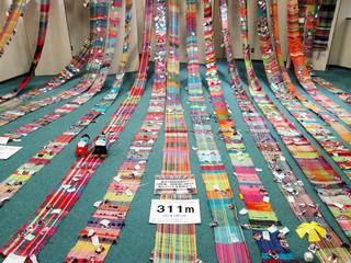 震災後三千人が織り継いだ「さをり織り」を被災地の皆様の元に!