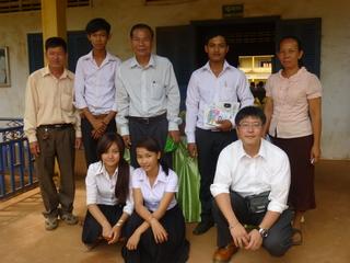 カンボジア・コンポンチャム州の学校に奨学金を届けたい!