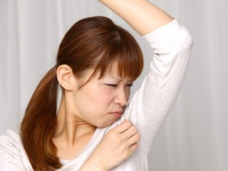 体臭の原因物質を特定しあなただけに合った洗剤を手に入れよう!