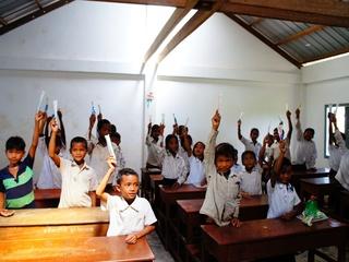途上国の子供達へ筆記用具を送り、学べる環境作りに役立ちたい!