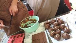 お菓子づくり算数のオンラインコンテンツで学生の雇用を創出したい。
