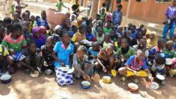 ブルキナファソを大豆で元気に!学校給食と農民組織化の活動へご支援を