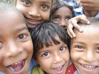 土産用菓子販売事業を立ち上げインド最貧困村の人々に雇用を!