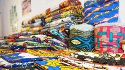 アフリカ布専門店とカフェを併設したお店を作りたい!!