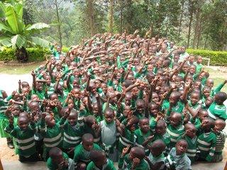 エイズで親を亡くしたウガンダの子ども達と音楽で交流したい!