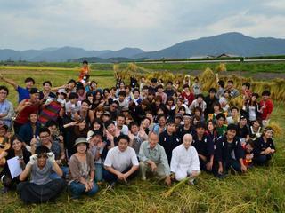 六次産業化を目指して若手農業者でつくるコールドプレスジュース