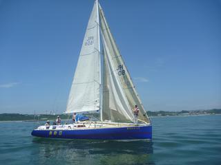 太平洋をキレイにするためのゴミ回収ヨットをつくりたい!