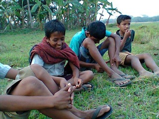 バングラデシュの子どもたちを、村ですくすく育てよう!プロジェクト