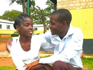 両親を失ったザンビア6人兄妹の友人に恩を返し、夢を叶えたい!
