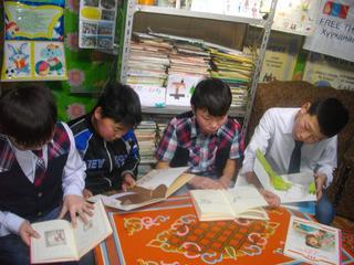 モンゴルの図書館に絵本を贈ろう!