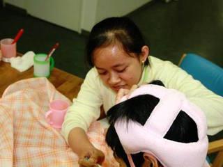 インドネシアの看護大学生に日本語教育を無償で受けてもらいたい