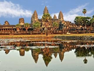 全世界にカンボジアの魅力を伝える為のWebサイトを設立したい