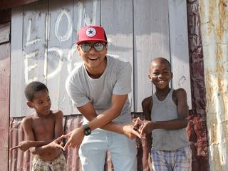 ジャマイカの貧困層で生きる子供に未来を変えるペンを届けたい!
