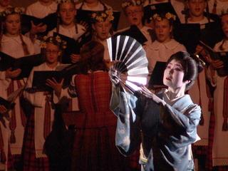 地唄舞とポーランド音楽との交流公演を、日本でも行いたい。