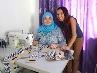 伝統的な洋裁技術を活用!貧困に苦しむシリア難民たちに雇用を!