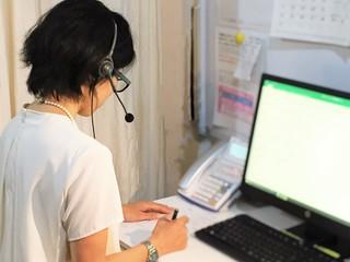 専門家の電話・対面相談を充実させ、生きづらさを前向きな一歩へ