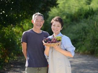 農薬を徹底削減の果樹栽培を支える、人が集える作業場&加工場を